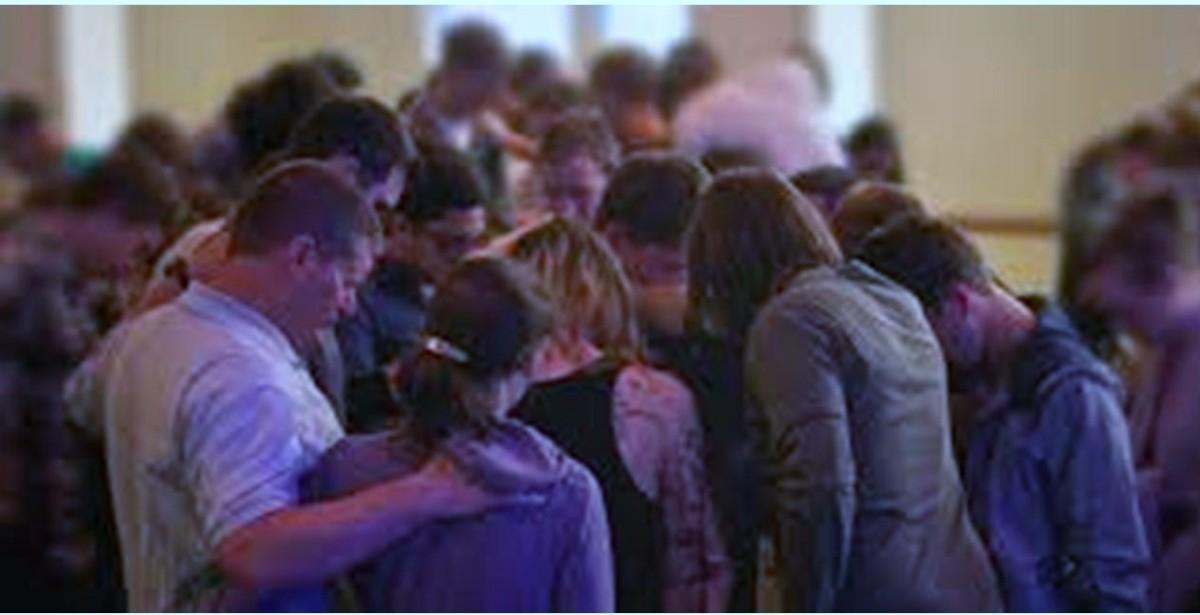 church offering prayer - 980×436